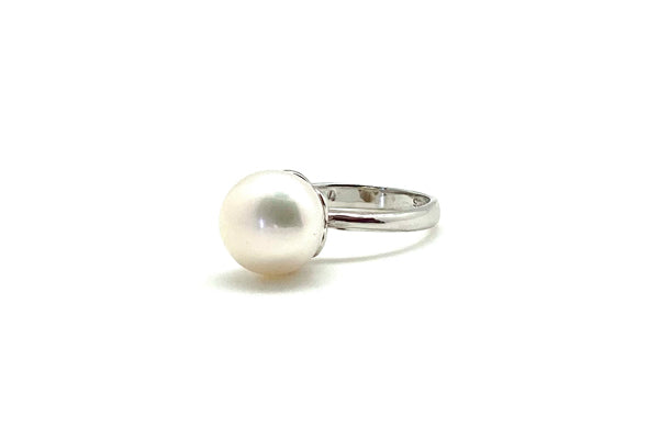 Freshwater Cultured Pearl Solitaire Ring