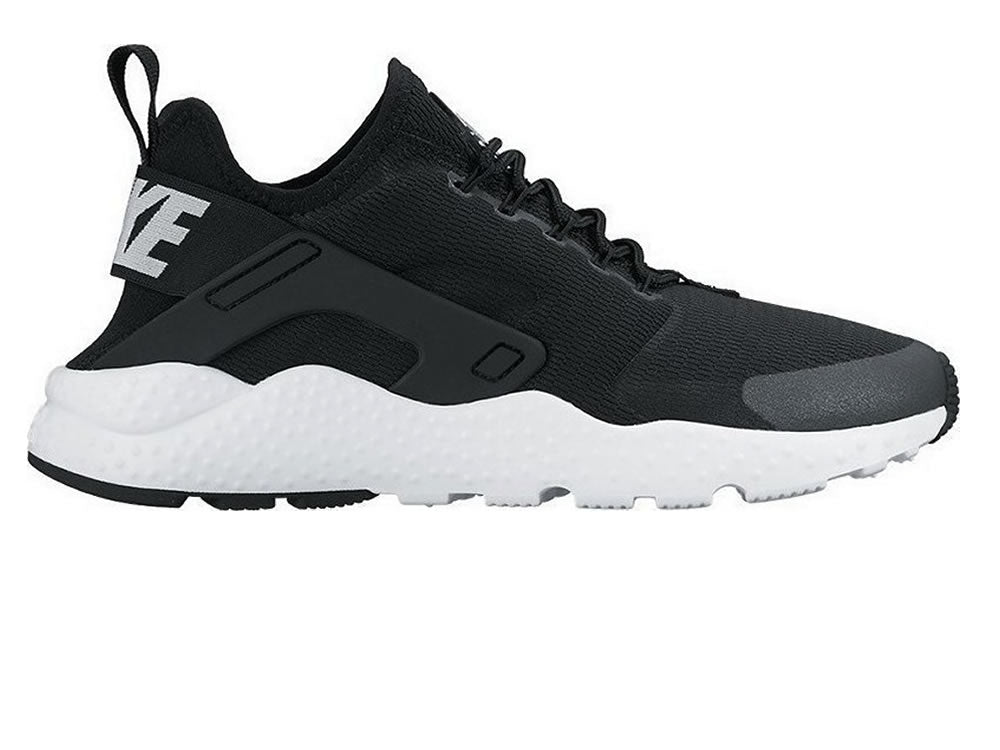 f234458ca2d99 Nike WMNS Air Huarache Run Ultra – Small Feet Big Kicks