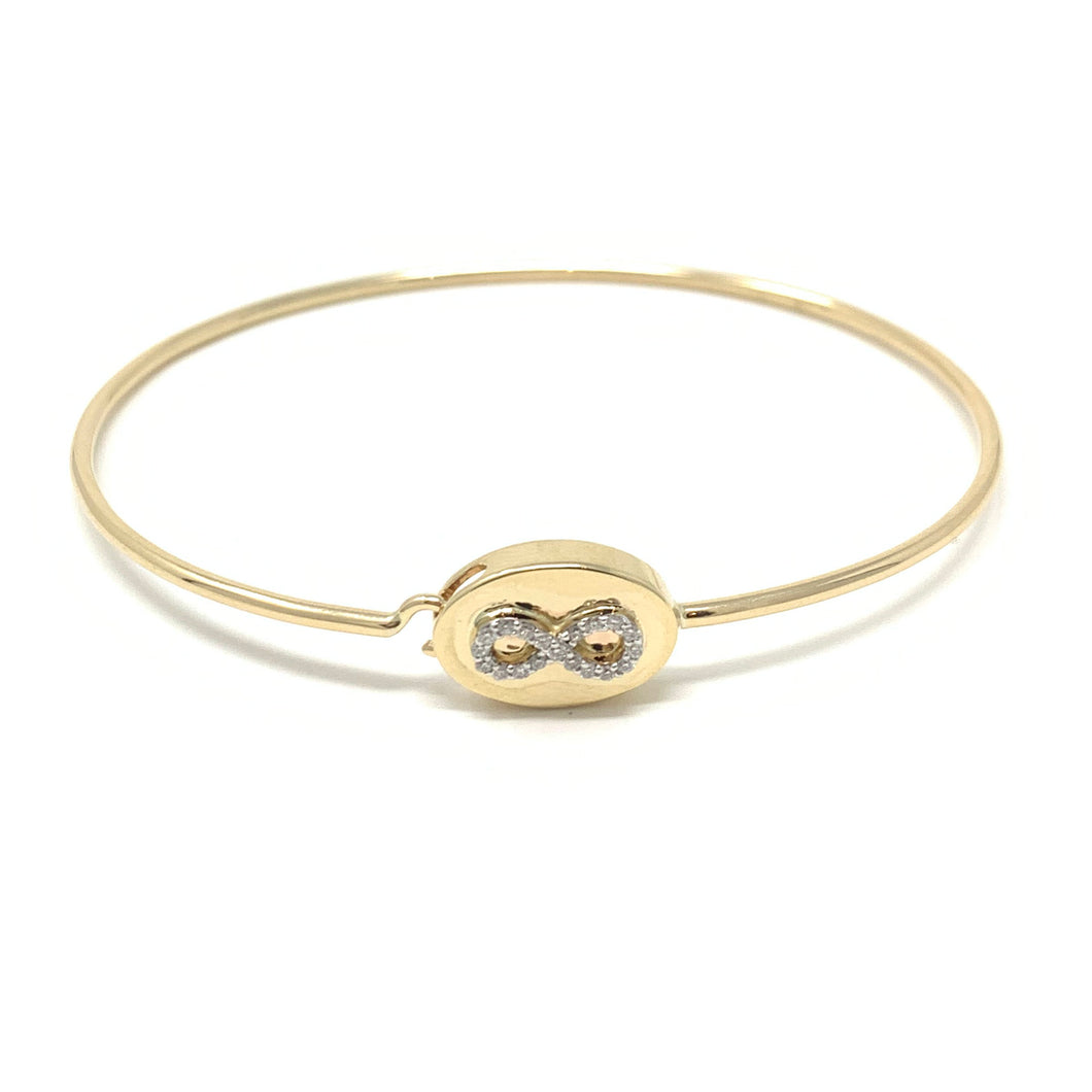 Oval Face Infinity Bangle