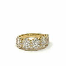 Load image into Gallery viewer, Medium Pave Cluster Oval Ring