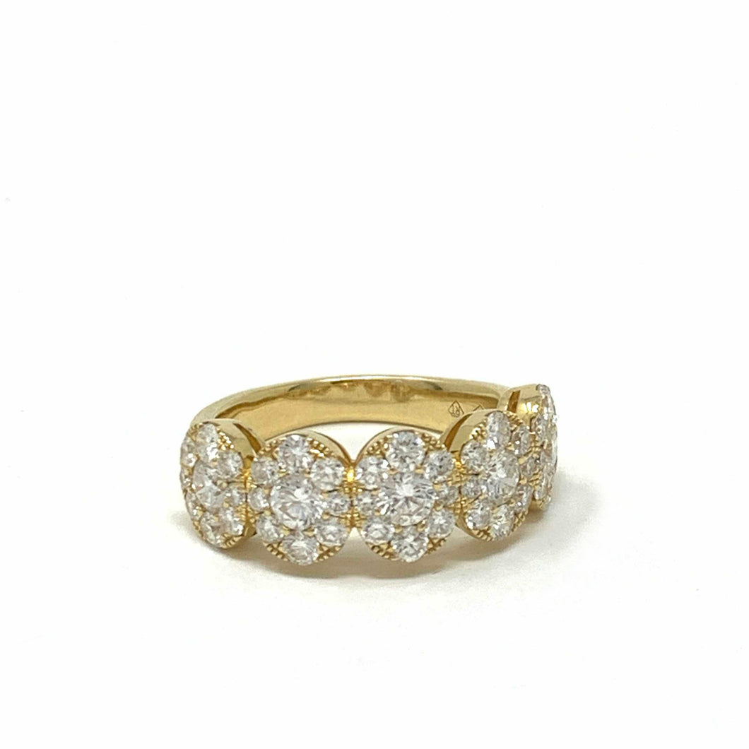 Medium Pave Cluster Oval Ring