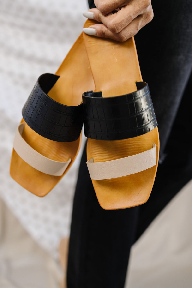 Sundance Sandals in Black