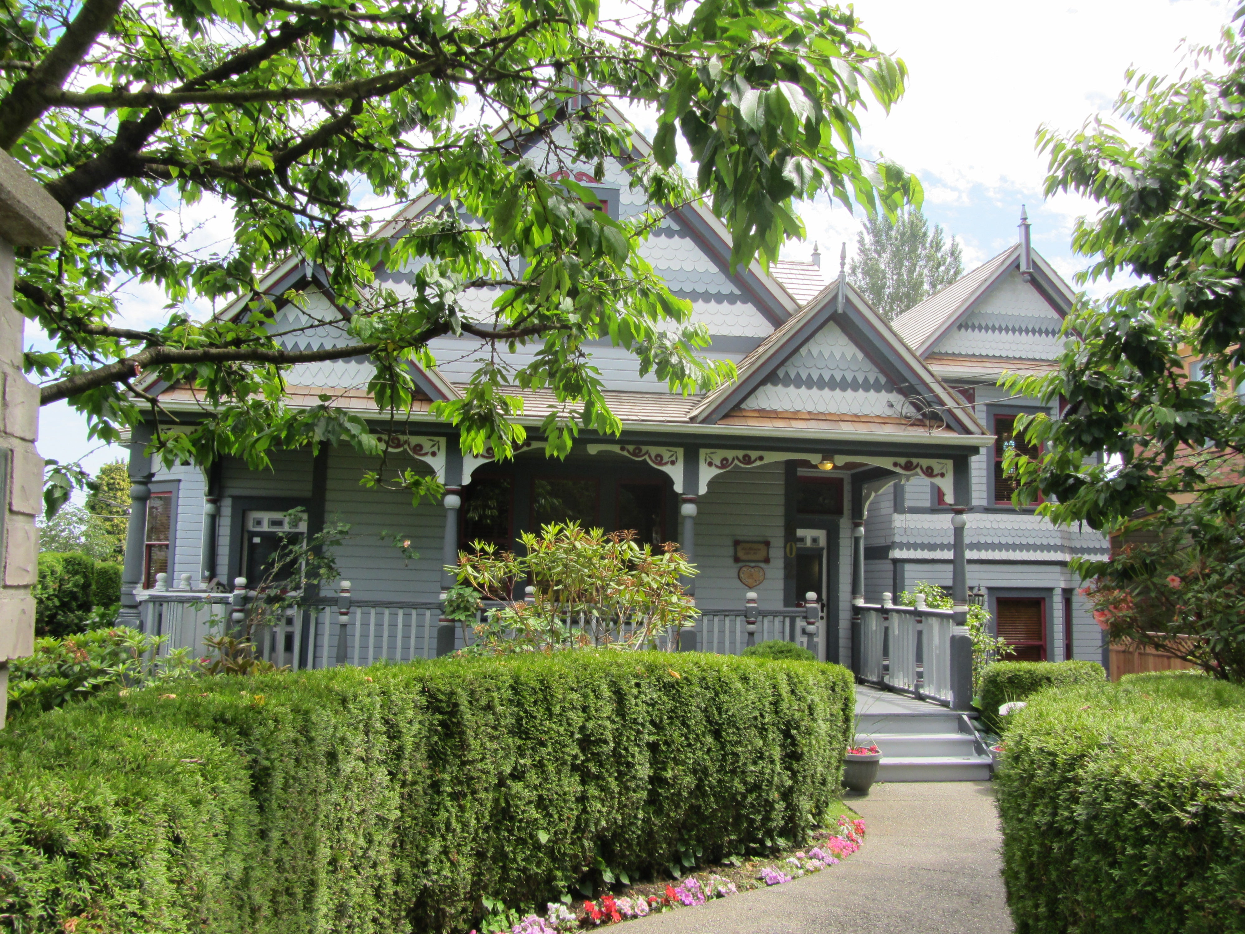 Heritage Home in the neighbourhood of Queen's Park, New Westminster BC