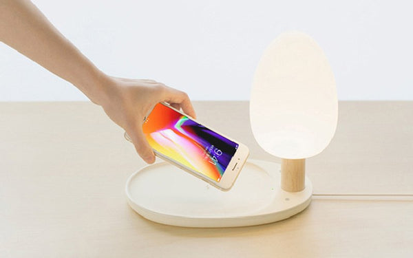 Qi compatible Wireless Charger with LED Desk Lamp