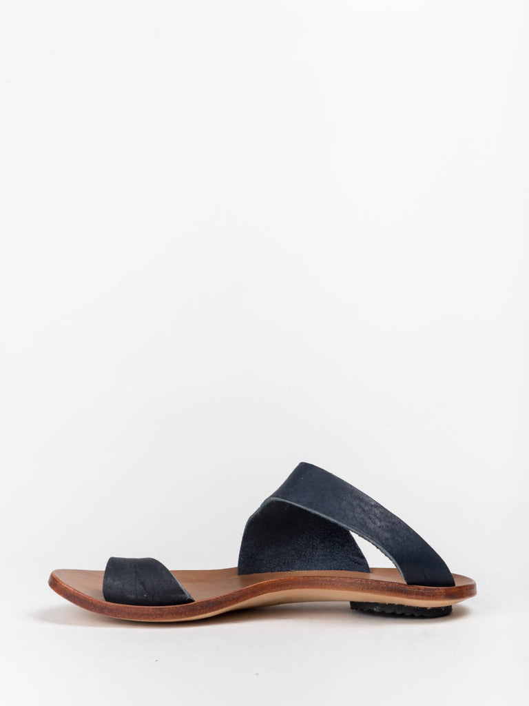 991286cec56 Cydwoq Thong Sandal in Navy Cydwoq Thong Sandal in Navy ...