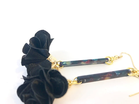 Black Bar Petal Earrings (NEW)