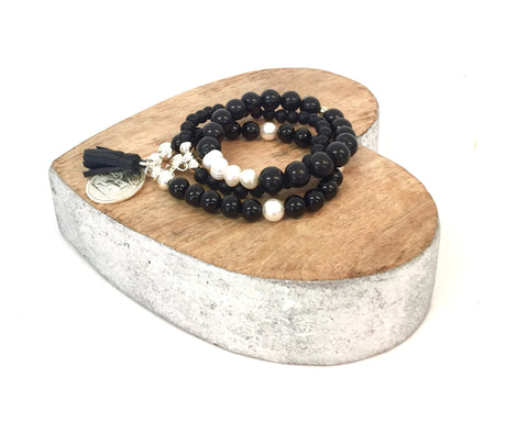 BLACK AGATE AND PEARL STACK