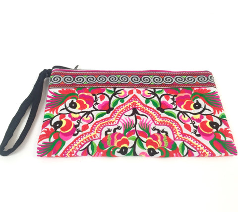 TRIBAL CLUTCH (PINK)