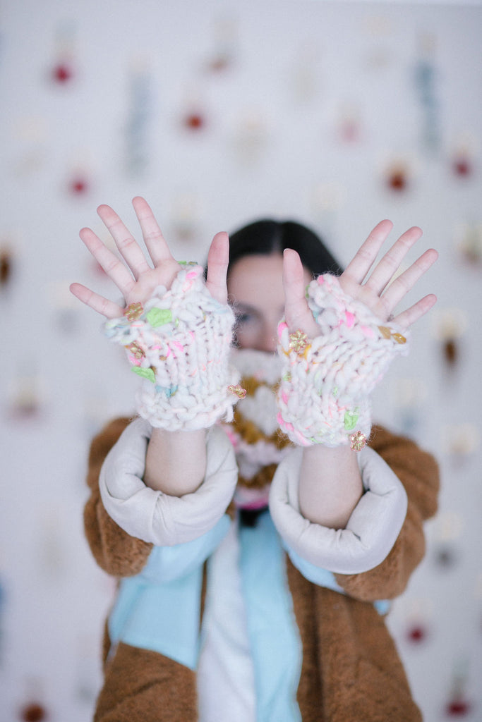 Flower Power Moto Mitts