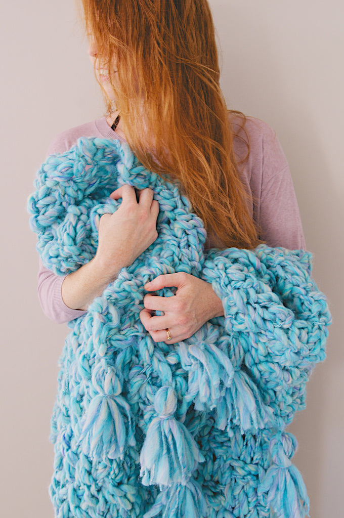 Snuggle Up Tassel Blanket Pattern