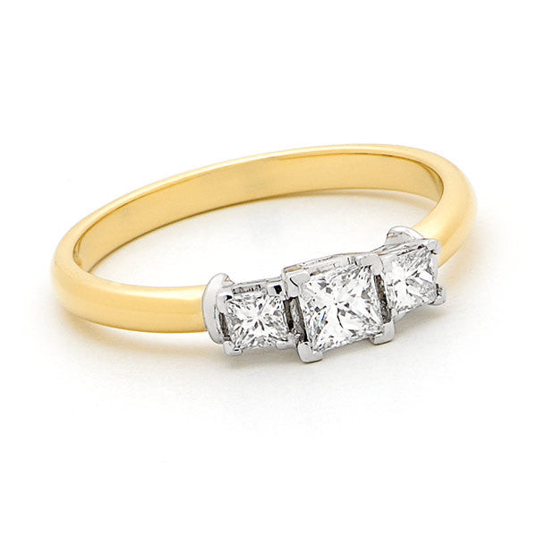 18ct Gold Princess Trilogy Ring
