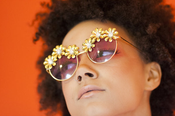 DIAMOND DAISY SUNNIES