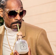 Snoop Dogg in the I'll Be Rich Forever Bee Sunglasses in Jet Luxe  SUNNIES + OPTICS Sunglasses Collection, Tnemnroda man- NRODA