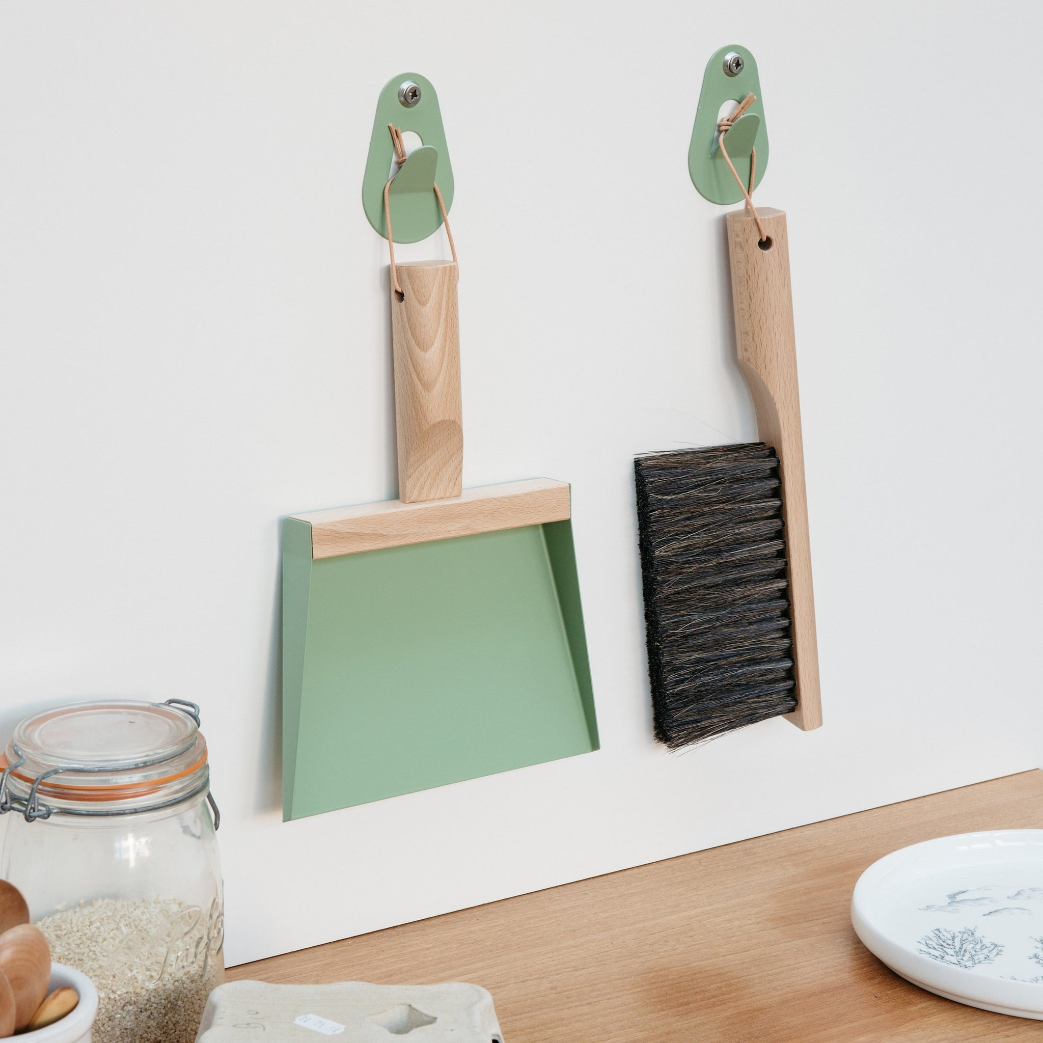 Dustpan & handbrush set
