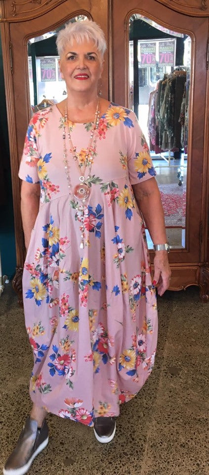 Verona Vintage Floral Daisy Dress