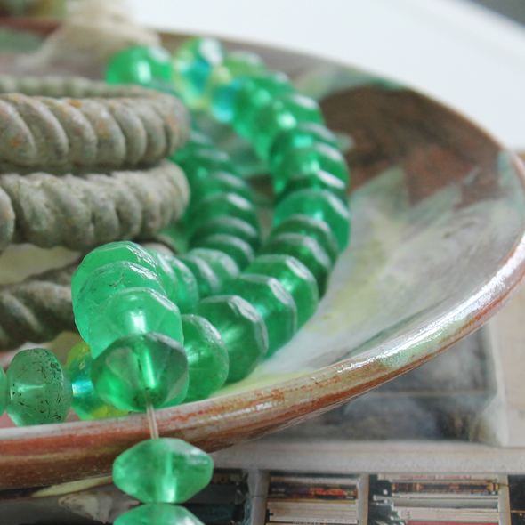 Handmade Emerald Green Glass Sentimental Keepsake Handmade Decorative Bead Strand