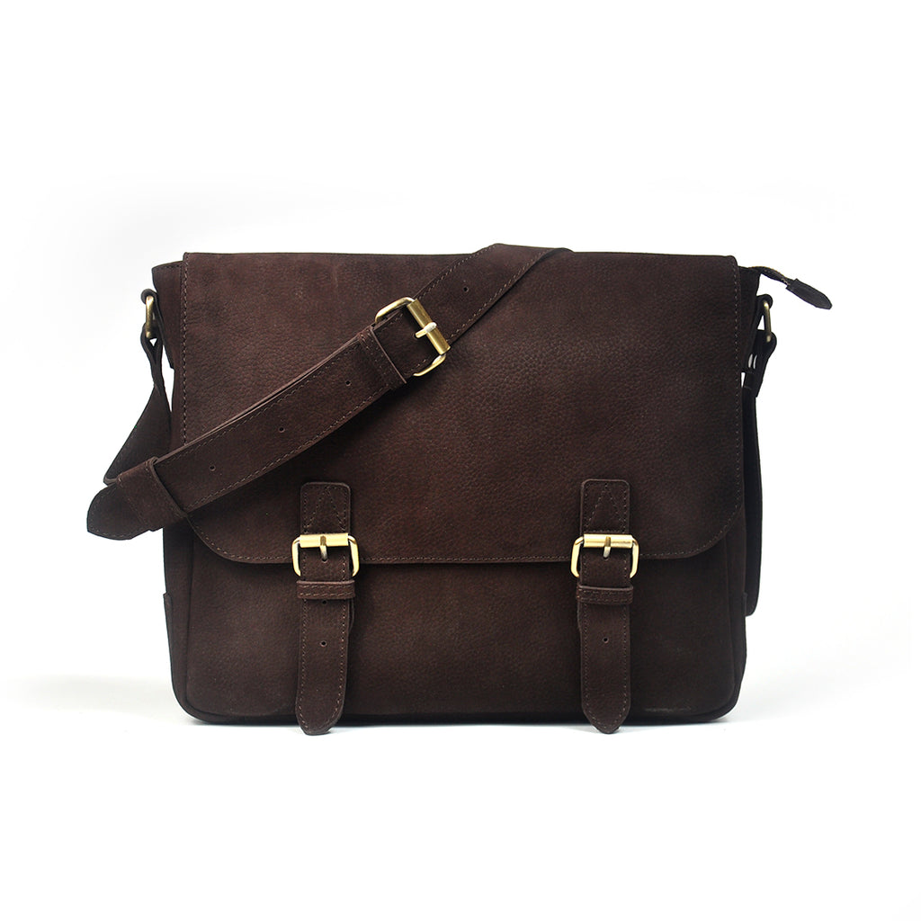 Terrier Light Messenger Bag in Ebony - wiesnwitz