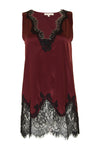 The Stretch Coco Tank Top in burgundy with black lace.