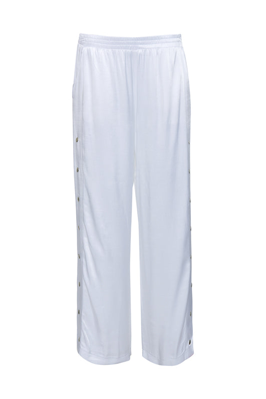 The Hayley Wide Leg Snap Pant in bright white.