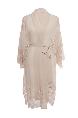 The Coco Lace Silk Kimono in gardenia.