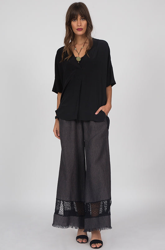 Capri Lace Linen Pants