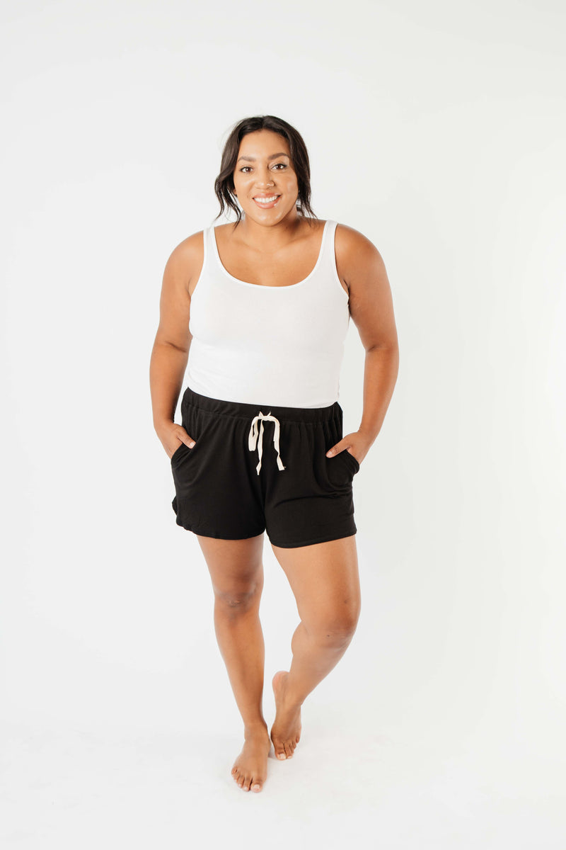 24/7 Shorts In Black - Amaranth Collection