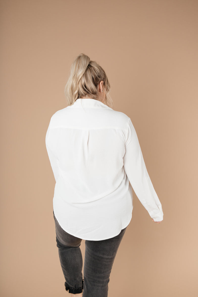 Every Girl's Go-To White Button Down - Amaranth Collection