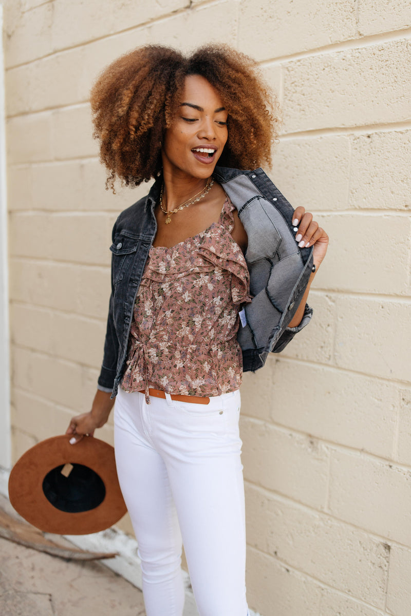 Feminine Floral Top In Rust