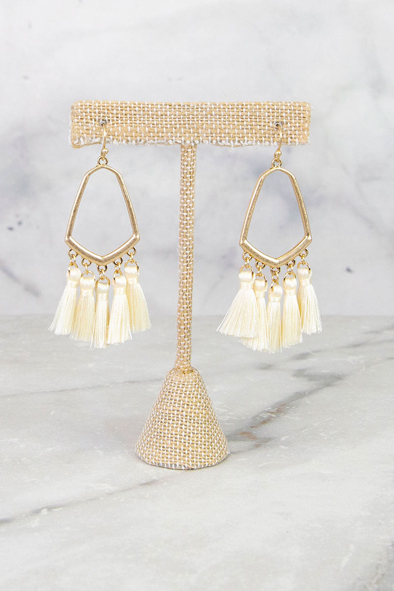 Ivory Luring Earring