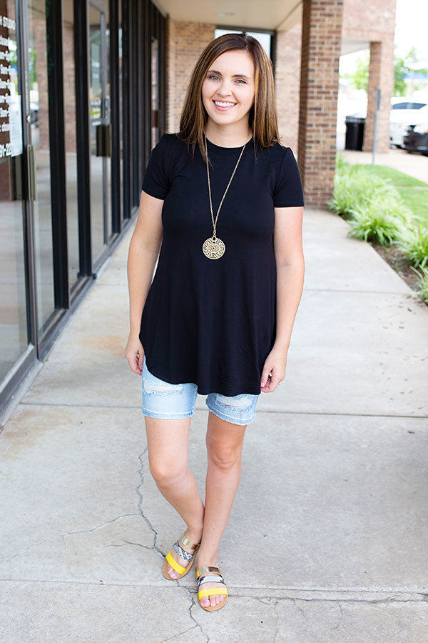 Black Rounded Hem T-shirt