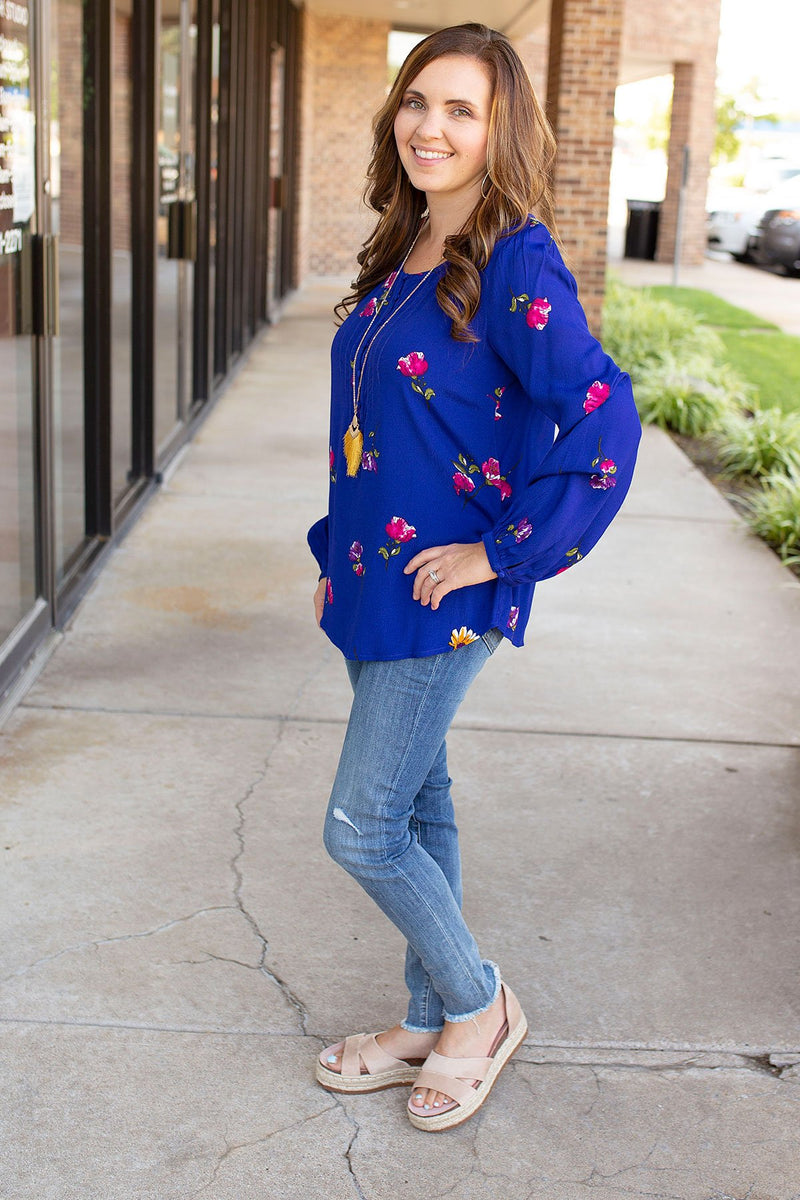 petite women floral long sleeve top