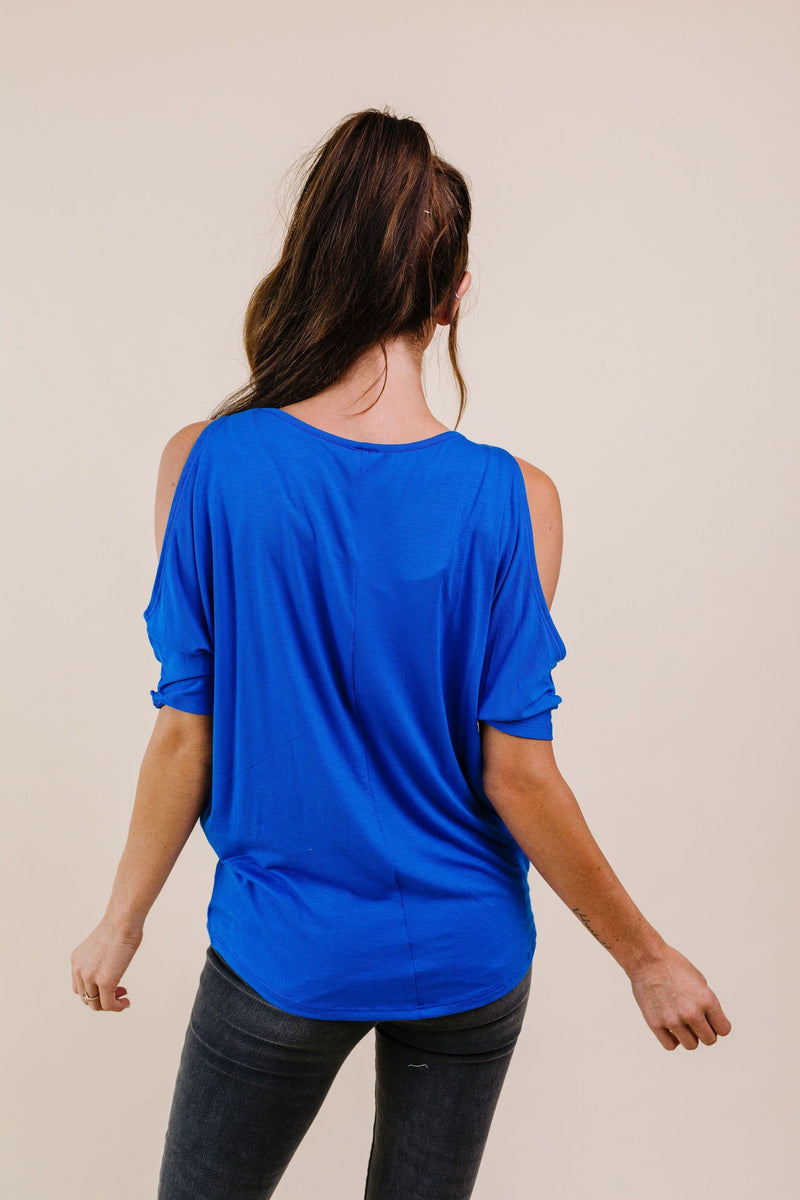 Split The Check Top In Blue - Amaranth Collection