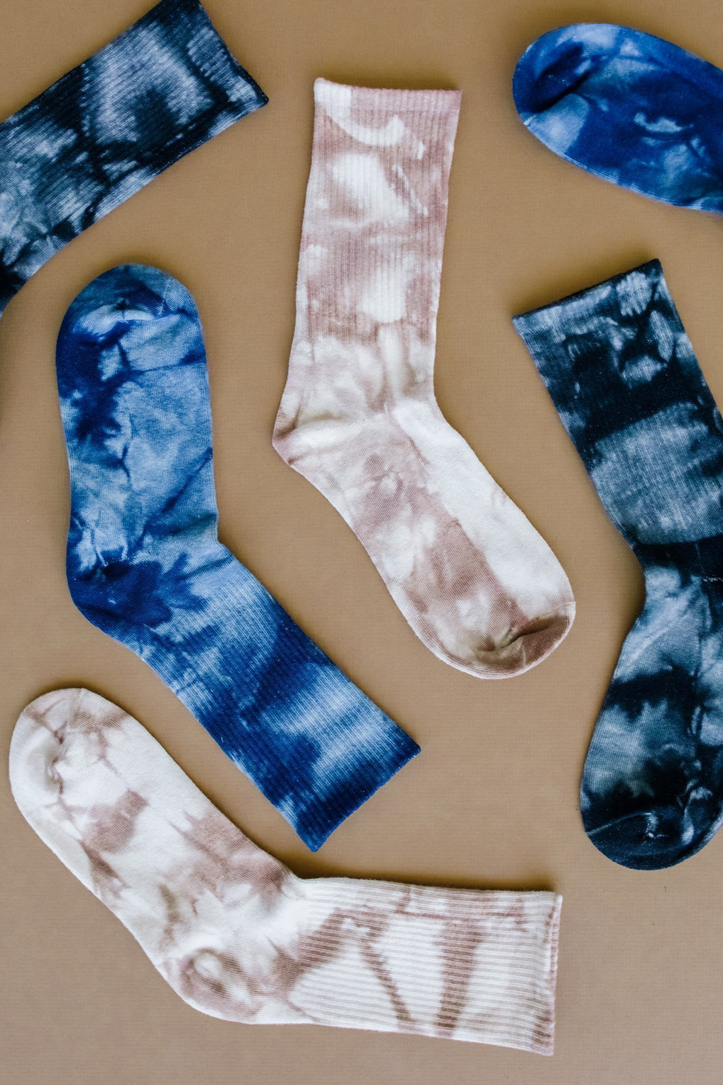 The Big Chill Tie Dye Socks - Amaranth Collection