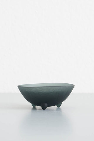"Hudson Beach Glass Tripot Bowl - 3"" Black"