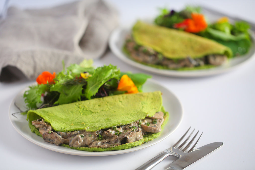 Spinach Crepes with Creamy Mushrooms