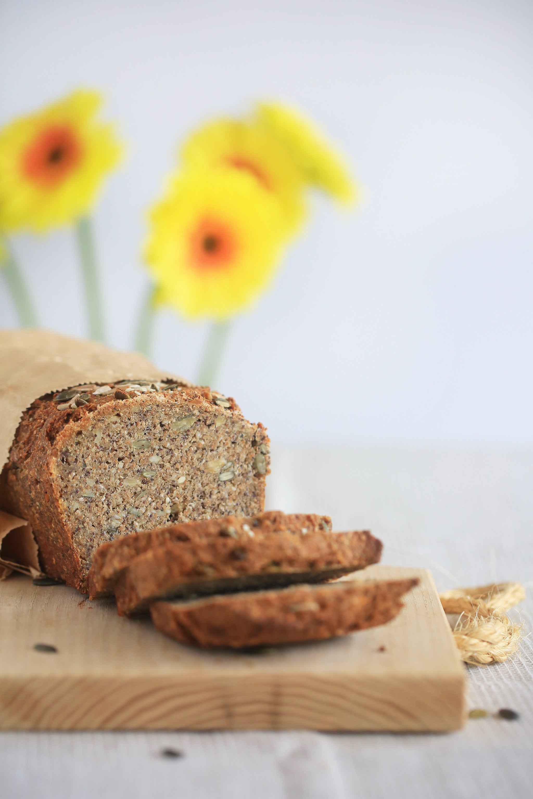 FIVE SEED SOURDOUGH - the easiest most delicious bread ever! No knead, wheat free, yeast free, dairy free, egg free, sugar free, vegan, healthy, rye bread, begoodorganics