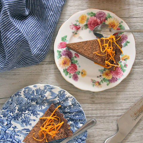 30-minute decadent Chocolate Orange Tart #healthy #vegan #orange #cheesecake #recipe #dairyfree #sugarfree #glutenfree #begoodorganics