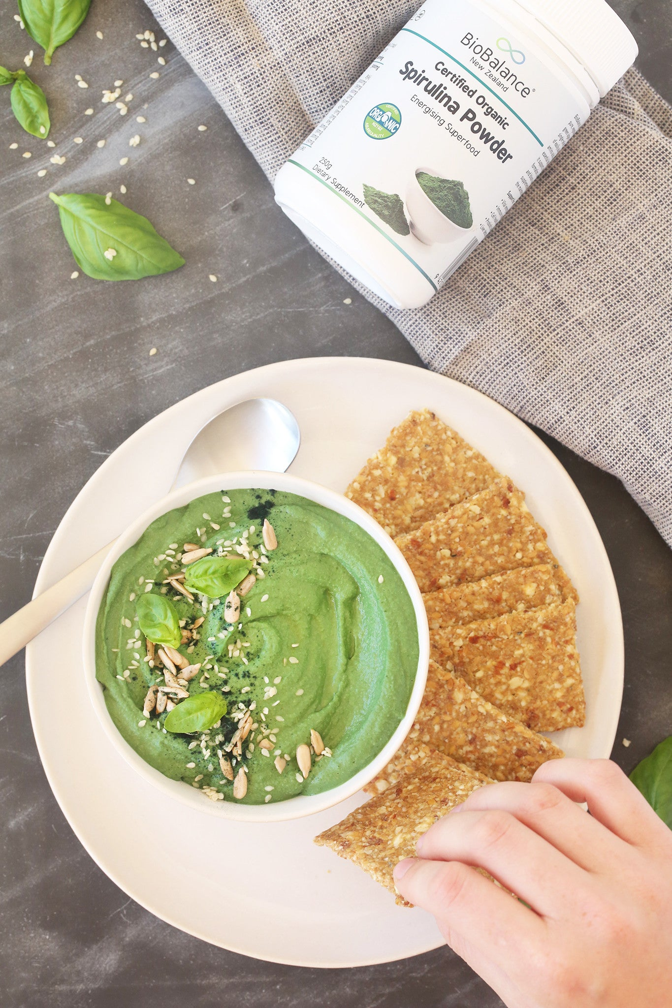 GARDEN GREEN HUMMUS - made with basil, spinach, butter beans and spirulina! Healthy, plant-based, vegan, dairy free, gluten free