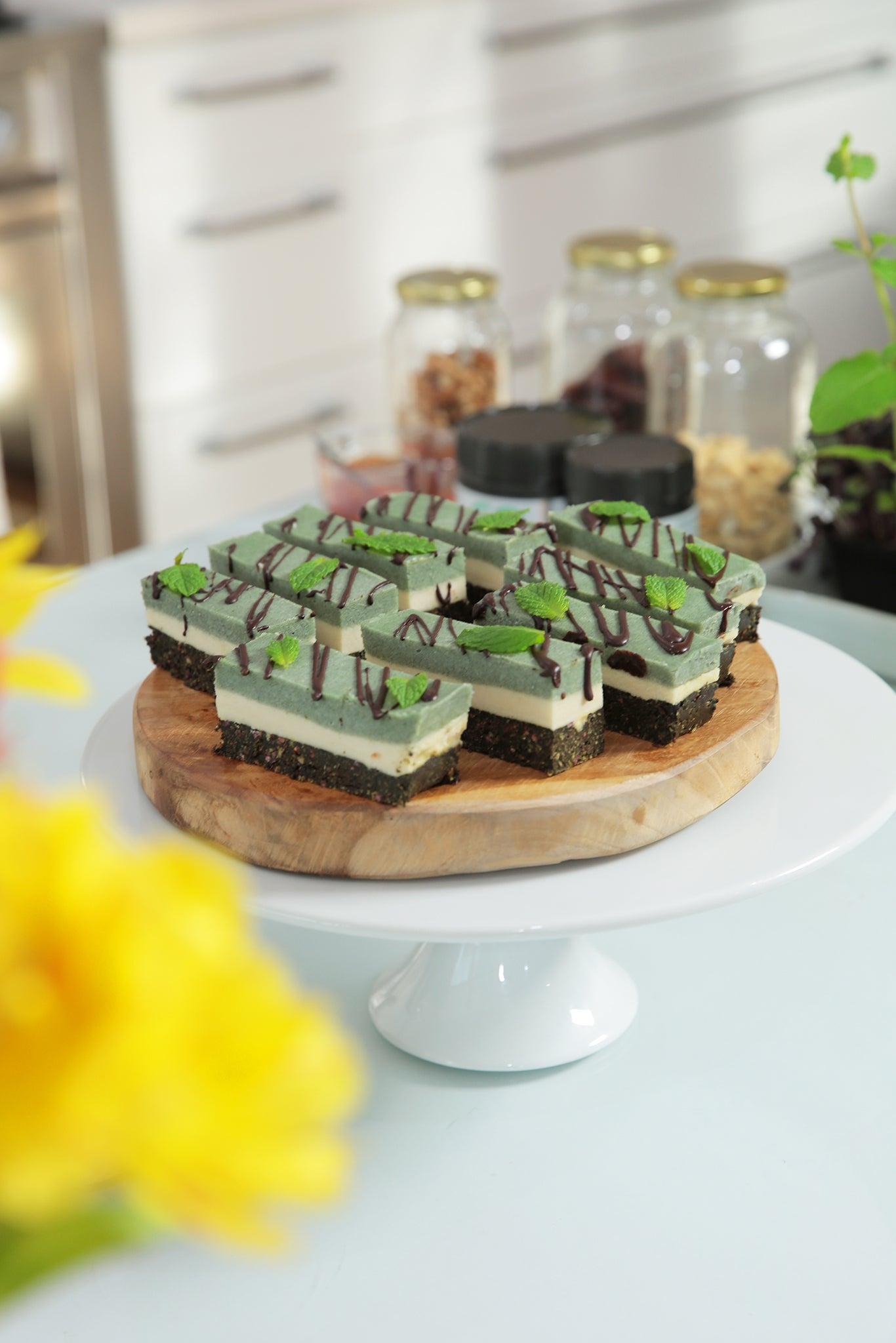 Healthy CHOCOLATE MINT SPIRULINA SLICE - vegan, plant based, dairy free, gluten free, raw, whole foods, easy, peppermint, natural, sweet treats, begoodorganics