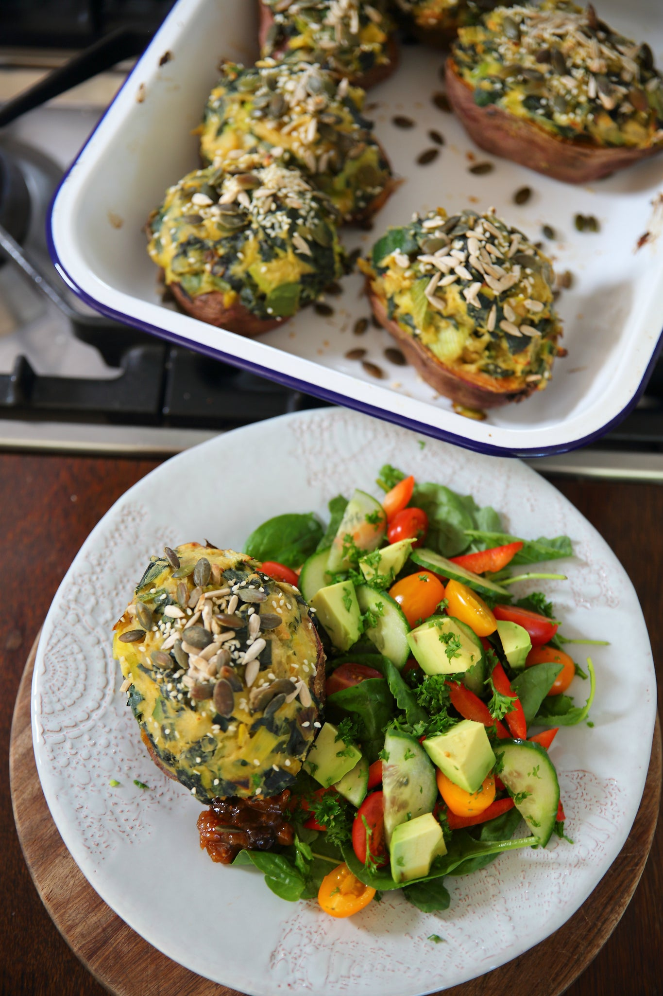 Easy Midweek STUFFED KUMARAS - #vegan #vegetarian #dairyfree #glutenfree #eggfree #healthy #dinner #family #recipe #begoodorganics