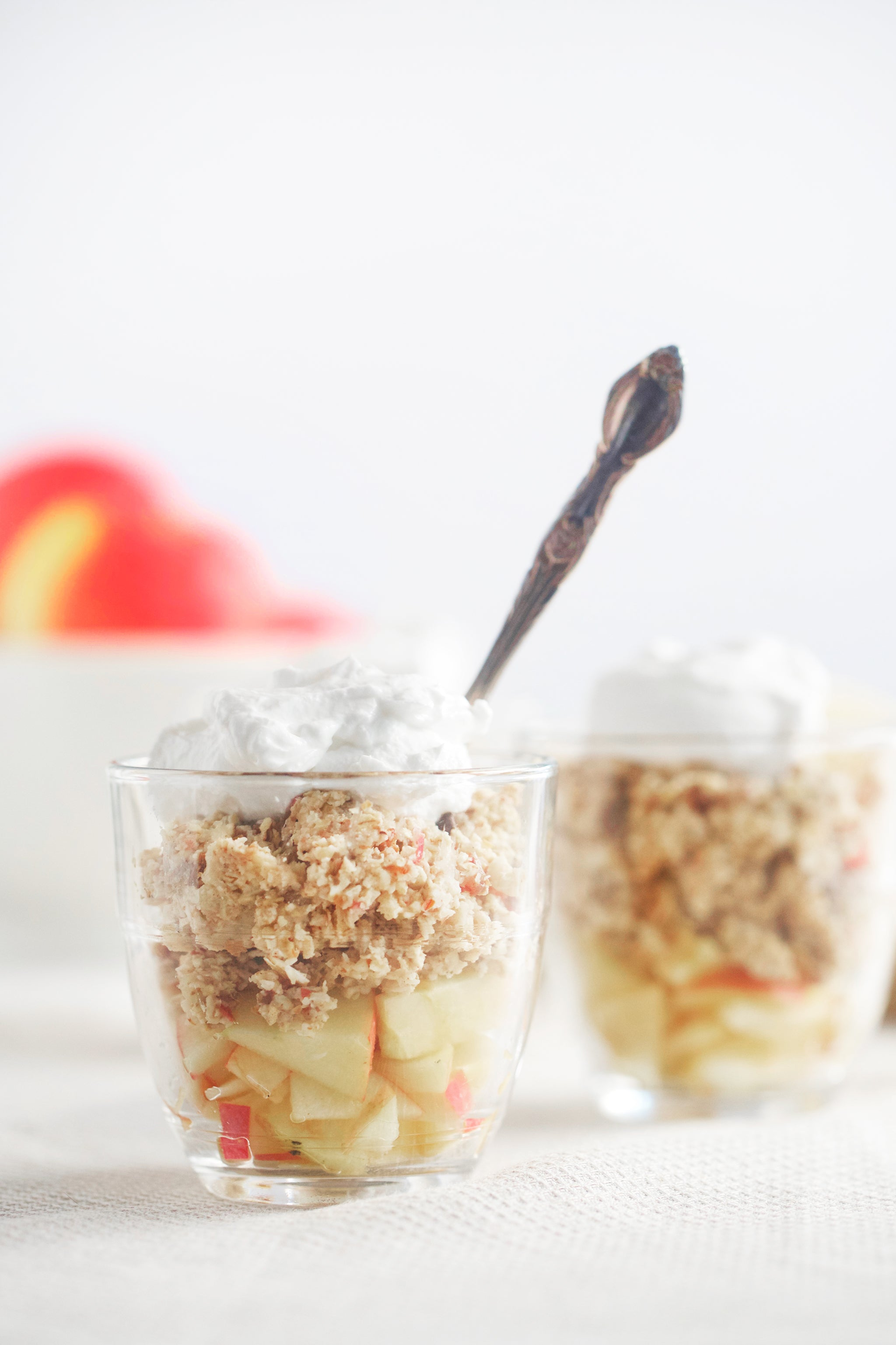 Super easy 10 minute MINI APPLE CRUMBLES - raw, vegan, dairy free, gluten free, healthy, recipe, dessert, snack, breakfast, begoodorganics