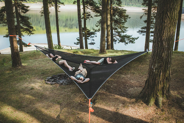 Best ways to set up a hammock with friends
