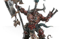 Load image into Gallery viewer, Warhammer Age of Sigmar Chaos Gorechosen Redarg Bloodfane