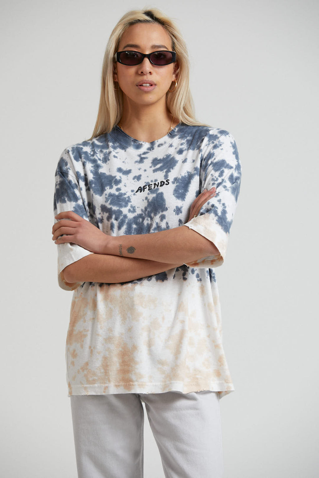 High Status Hemp Oversized Tee Black Tie Dye