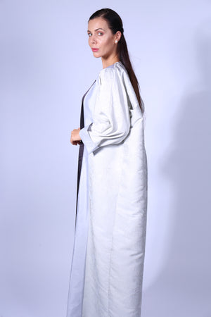 LIGHT GREY FLORAL BISHT WITH GREY INNER