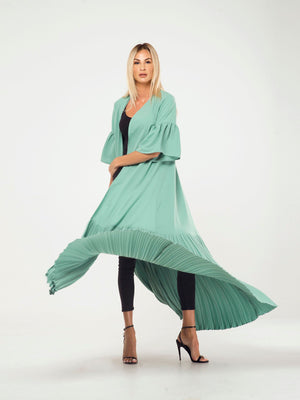 PLEATED BOTTOM CAPE