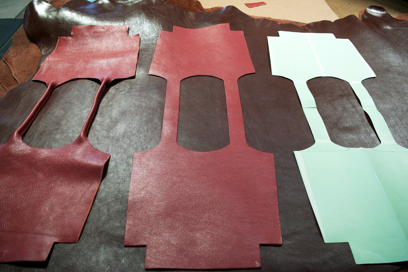 Cutting the Lotuff Leather One-Piece Handbag