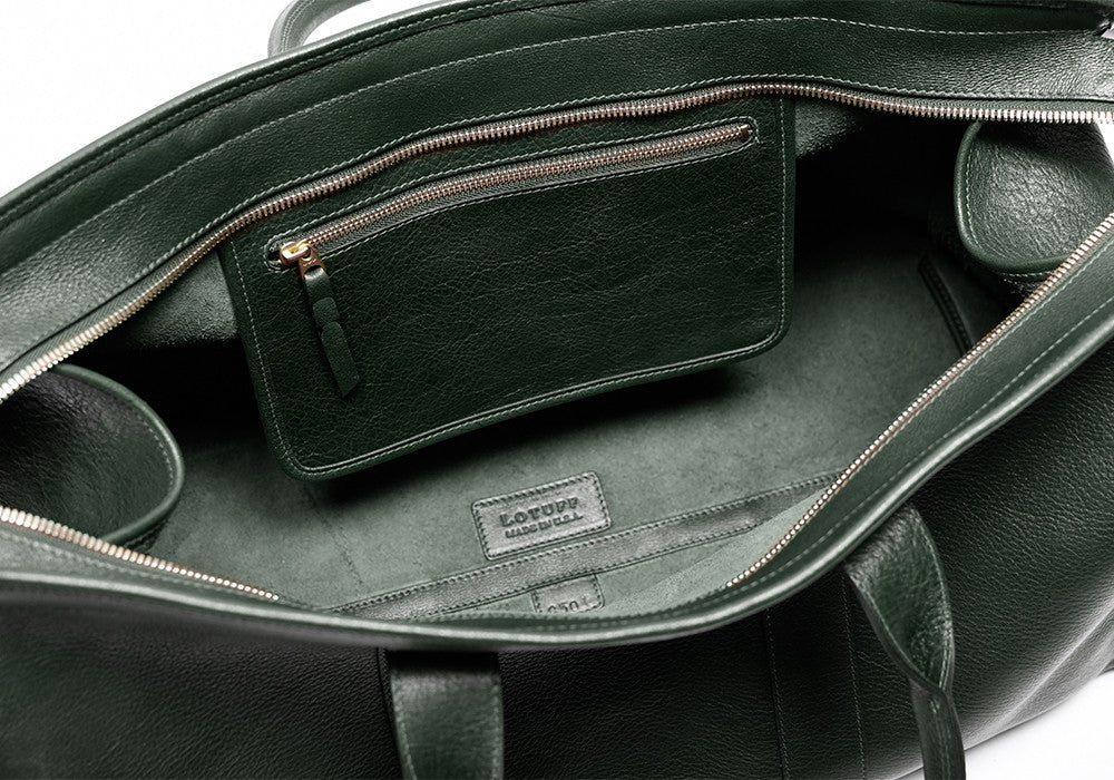 Inner Leather Pocket of Leather Duffle Travel Bag Green