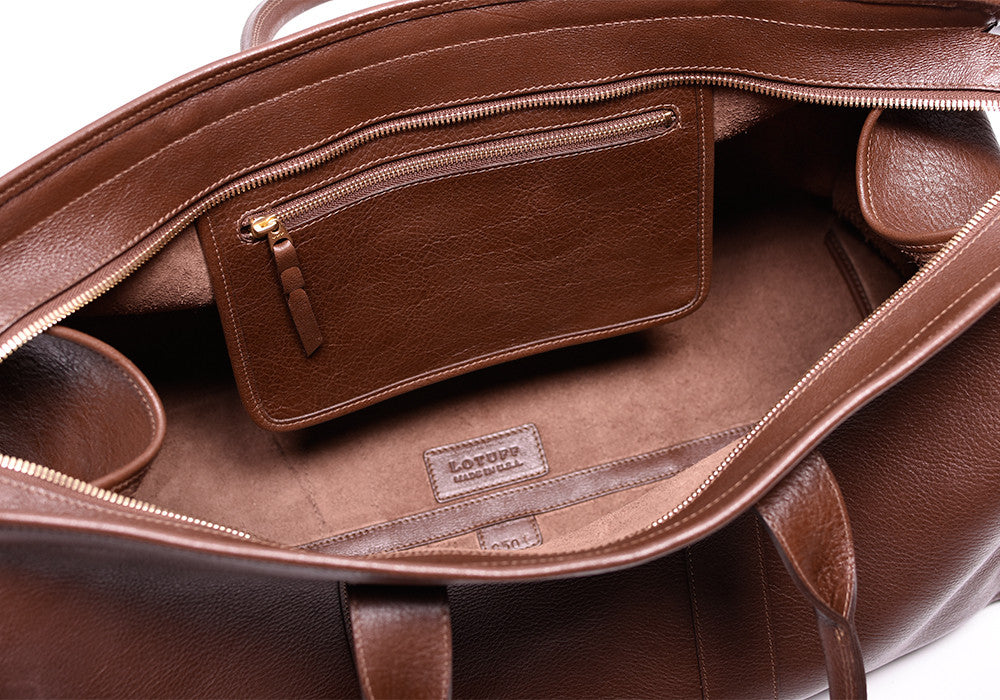 Inner Leather Pocket of Leather Duffle Travel Bag Chestnut