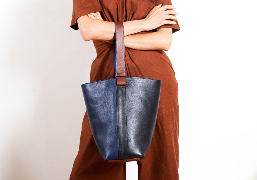 Leather Bucket Shoulder Bag Lifestyle